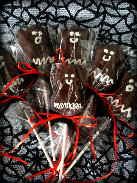 chocolate_dipped_ghosts_on_a_stick