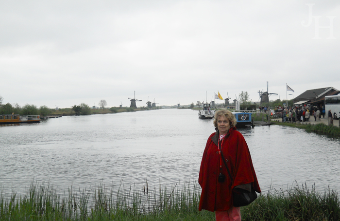 June by the canal in Kinderdijk