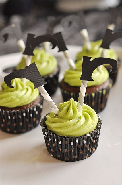 Witches Shoes Cupcakes