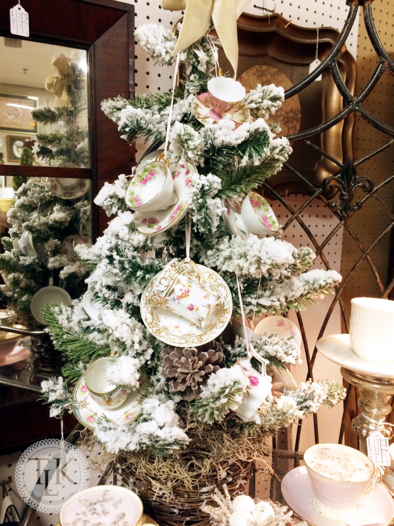 Cup and Saucer Flocked Tree