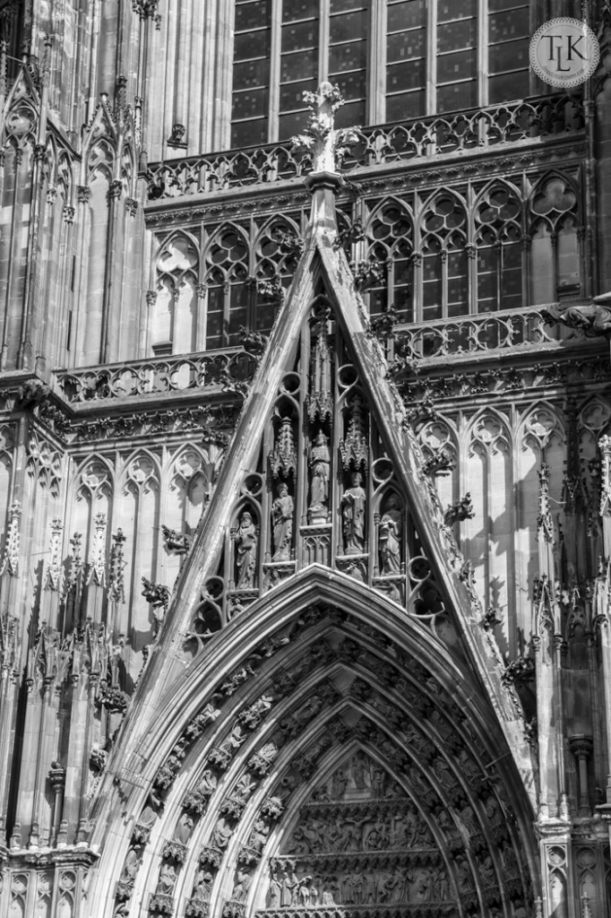 Arch-Above-the-South-Entrance-Cologne-Cathedral