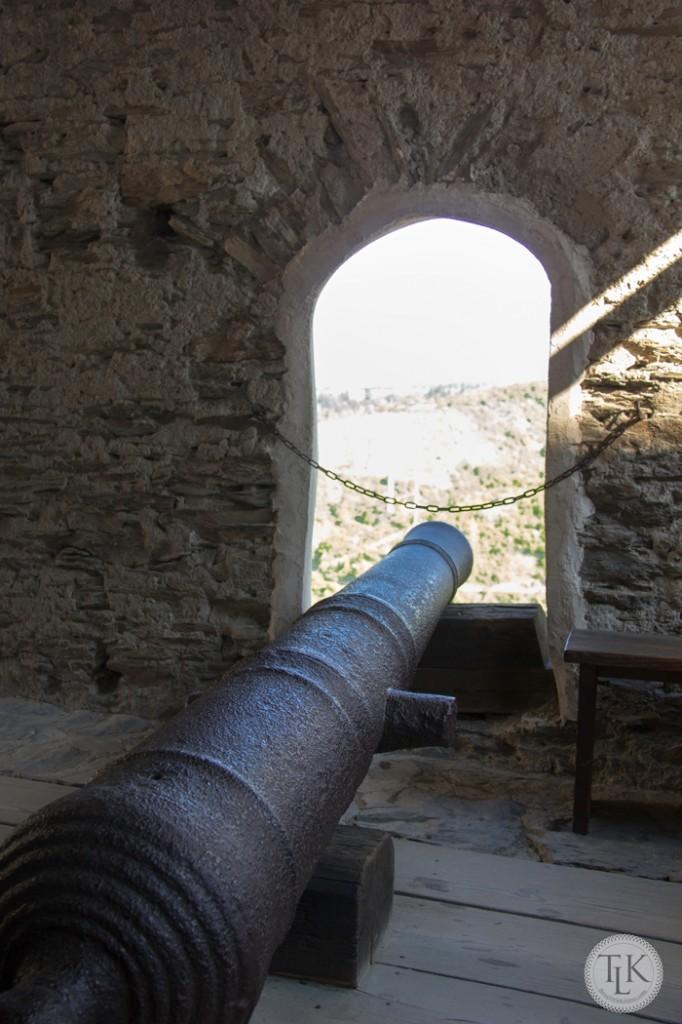 Marksburg-Castle-Cannon