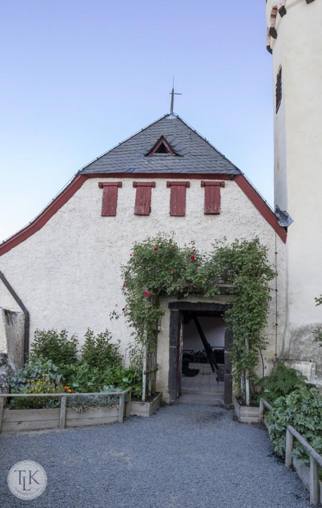 Rose-Arbor-at-Marksburg-Castle