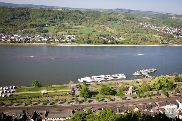 View-of-Viking-Ingvi-on-the-Rhine