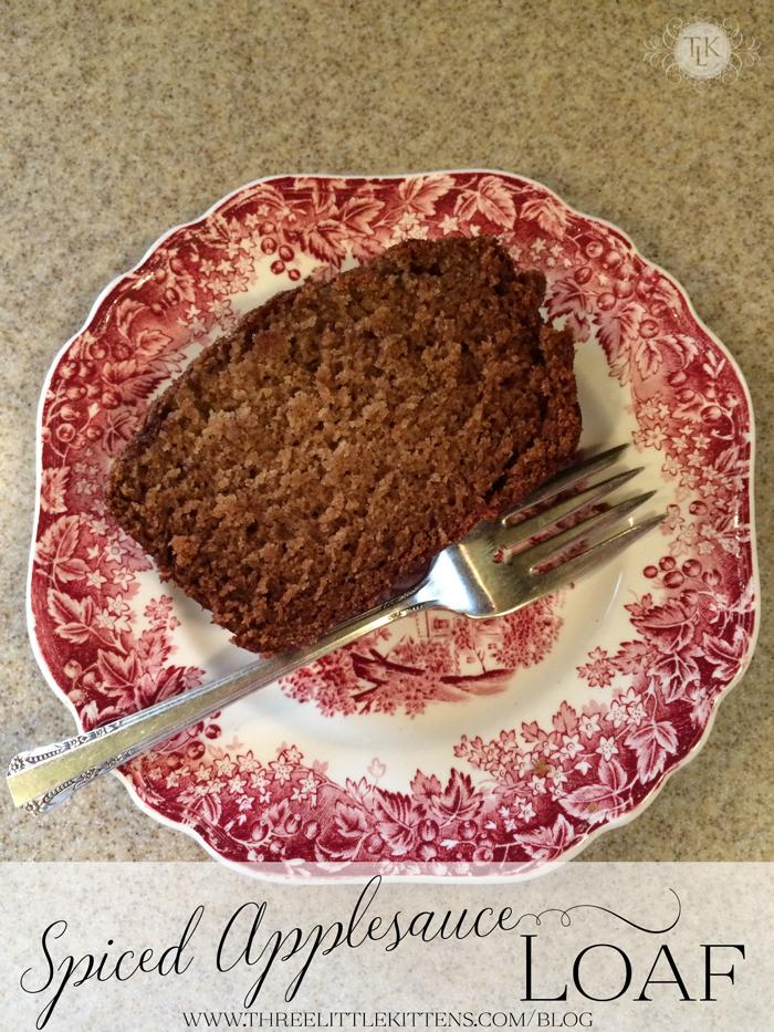 Spiced-Applesauce-Loaf-01