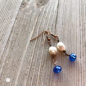 THREE LITTLE KITTENS | 3725e Blue Moon Earrings