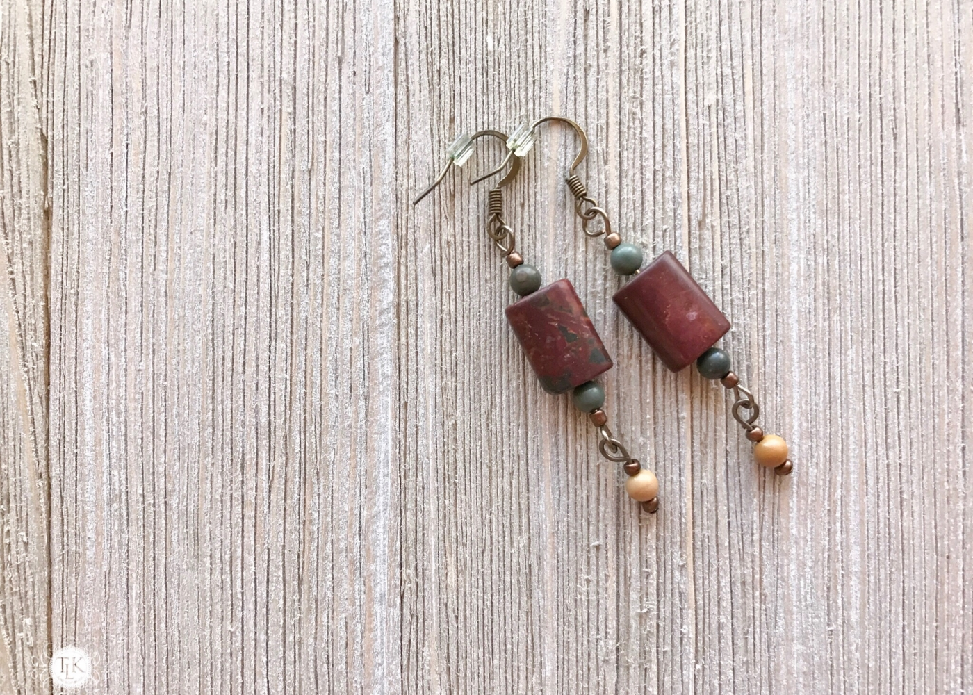 THREE LITTLE KITTENS | Picasso Jasper Pierced Earrings 3736e