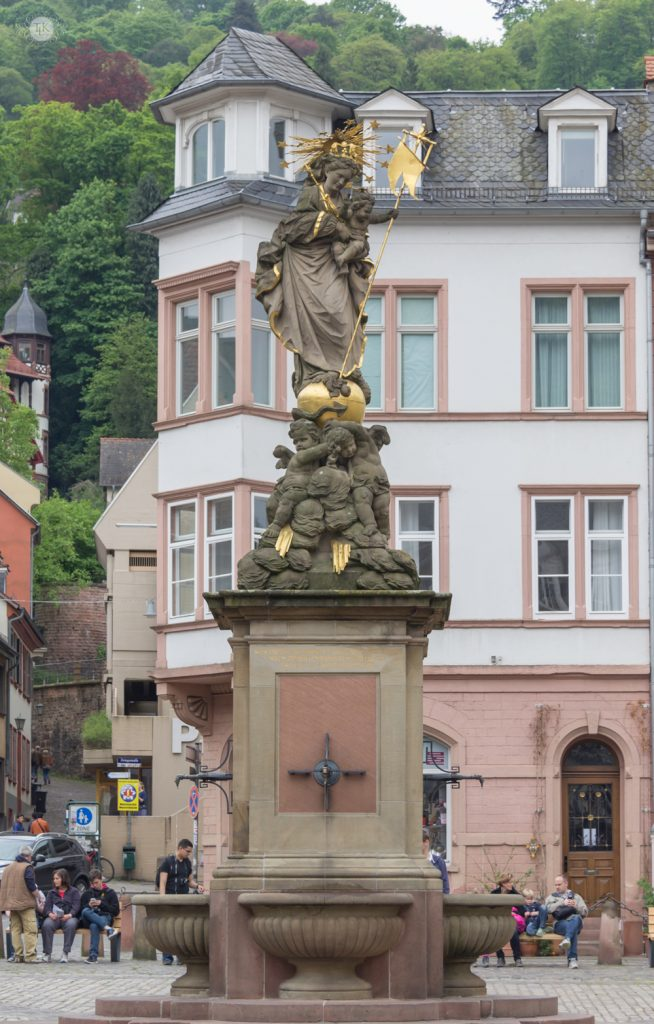 THREE LITTLE KITTENS BLOG | Kornmarkt Madonna in Heidelberg, Germany