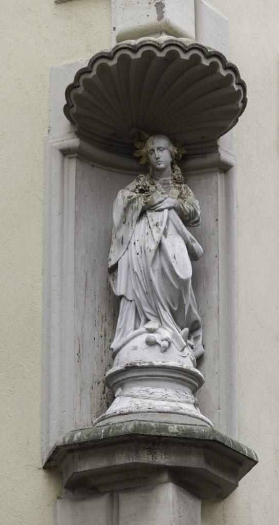 THREE LITTLE KITTENS BLOG | Immaculate Hausmadonna | Heidelberg, Germany