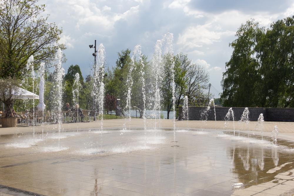 THREE LITTLE KITTENS BLOG | Villa Schmidt Water Fountain
