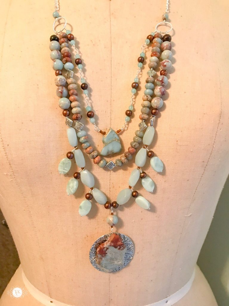 THREE LITTLE KITTENS BLOG | Tucson Necklace 3738