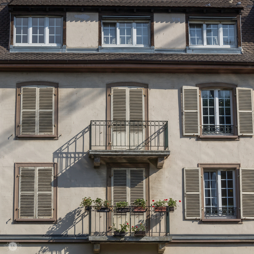 THREE LITTLE KITTENS BLOG | Strasbourg Balconies Open and Closed