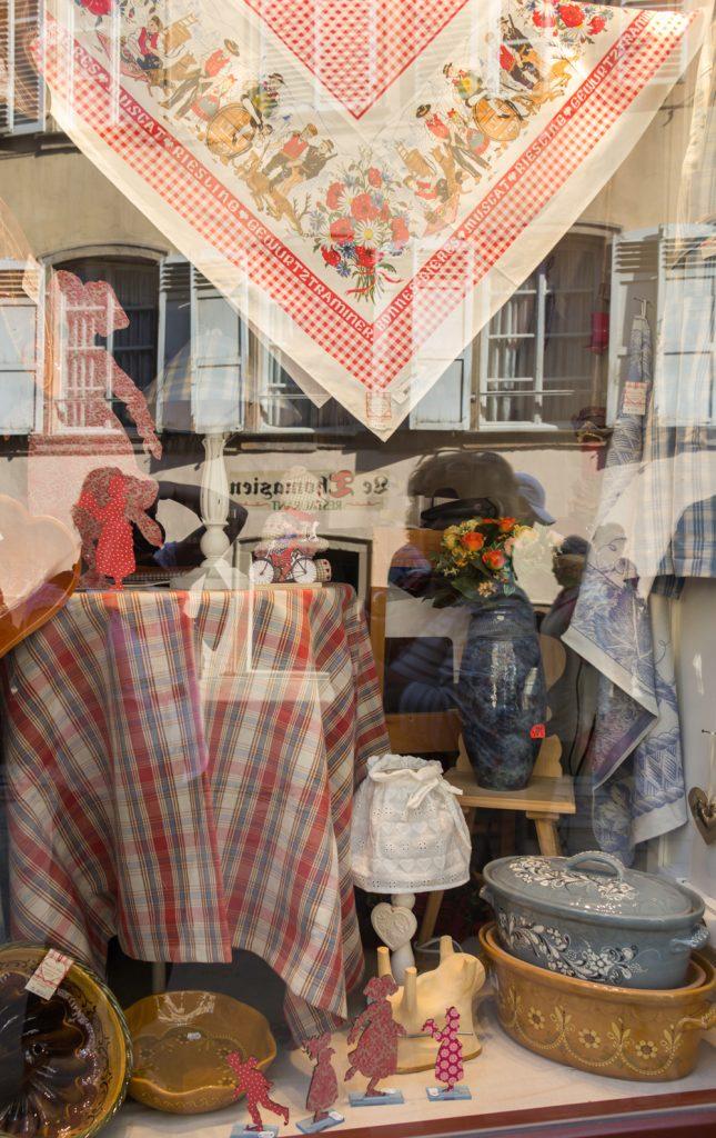 THREE LITTLE KITTENS BLOG | Strasbourg, France | Window Shopping