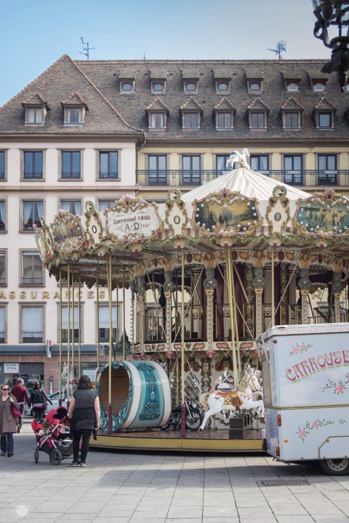 THREE LITTLE KITTENS BLOG | Palace Carrousel