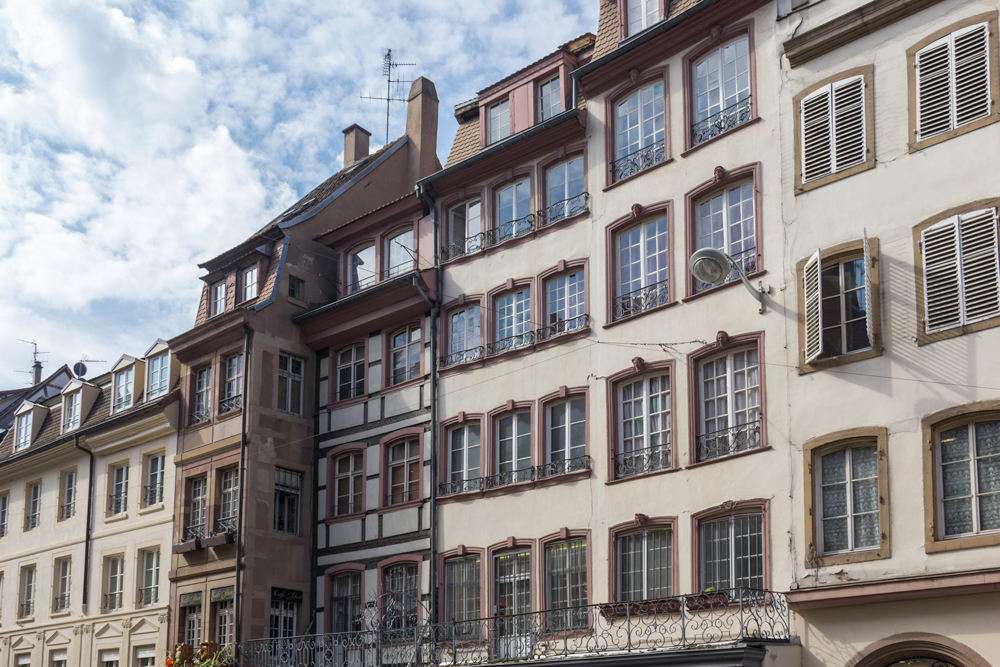 THREE LITTLE KITTENS BLOG | French Apartments