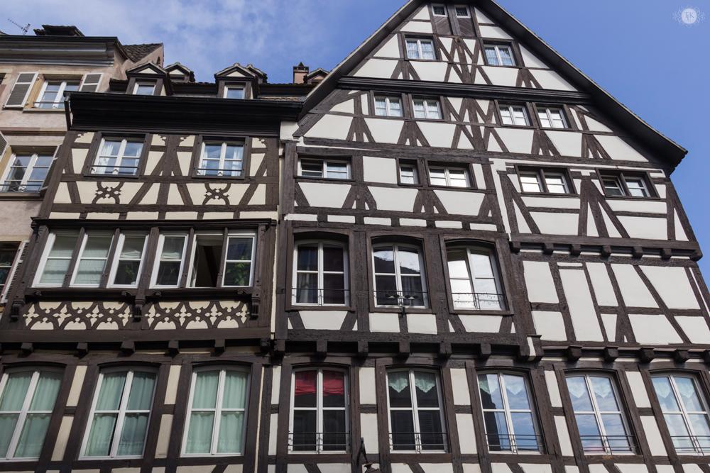 THREE LITTLE KITTENS BLOG   Half Timbered Buildings